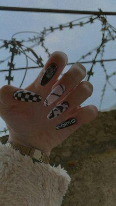 Punk Nails, Edgy Nails, Classy Nails, Stylish Nails, Swag Nails, Soft Grunge Nails, Acrylic Nails Coffin Short, Summer Acrylic Nails, Best Acrylic Nails