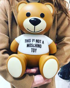 Moschino, Mickey Mouse, Toys, Disney Characters, Fashion, Activity Toys, Moda, Fashion Styles, Clearance Toys