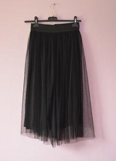 Kup mój przedmiot na #vintedpl http://www.vinted.pl/damska-odziez/spodnice/14333232-nowa-spodnica-tiulowa-midi
