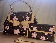 NEW Japanese TAKASHI MURAKAMI Louis Vuitton Cherry Blossom Monogram Bag Wallet #LouisVuitton #ShoulderBag