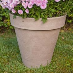 Hastings Clay-Look Round Plant Pot - diameter Resin Planters, Planter Pots, Wooden Trough, Potted Plants, Clay, Garden, Pot Plants, Clays, Garten
