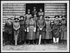 On this day in British Army Council Instruction Number 1069 formally establishes the British Women's Auxiliary Army Corps . World War One, First World, Birth Of Nation, Edwardian Era, Victorian Era, Online Collections, Photos Of Women, Women In History, Vintage Pictures