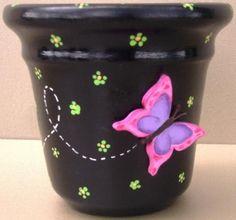 Could paint in any color, adding butterflies, dragonflies, etc. Flower Pot Art, Flower Pot Design, Clay Flower Pots, Flower Pot Crafts, Clay Pots, Clay Pot Projects, Clay Pot Crafts, Diy Clay, Diy And Crafts