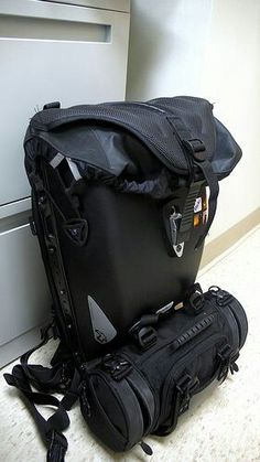 My daily setup: Boblbe-e Megalopolis Aero and MT Cargo. Backpack Bags, Leather Backpack, Leather Bag, Tactical Clothing, Tactical Gear, Tac Gear, Ex Machina, Cool Gear, Cool Backpacks