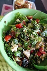 Mania Gotowania: Sałatka ze smażoną fetą i kurczakiem Sprouts, Feta, Diet Recipes, Food And Drink, Vegetables, Vegetable Recipes, Skinny Recipes, Veggies, Healthy Diet Recipes