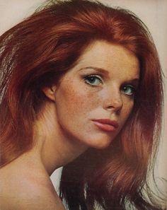 Samantha Eggar red hair colour