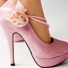 Lovely Round Closed Toe Flowers Embellished Stiletto High Heels Pink  $20.99