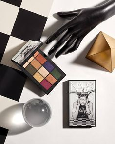 NARS Holiday 2017 Man Ray Collection is divided in two parts and features only exclusive and limited edition products, launching in the end of September.