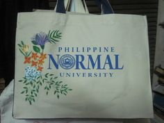 Aunty painted the canvas bag i was selling. Eventually, i kept it. Too beautiful to let go.
