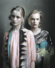 Maud Welzen and Heleen Sholten by Miep Jukkema.