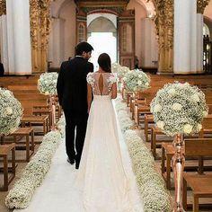 Wedding Ceremony Ideas, Church Wedding Decorations Aisle, Church Wedding Flowers, Church Ceremony Decor, Simple Church Wedding, Wedding Sunflowers, Church Wedding Ceremony, Budget Wedding, Floral Wedding