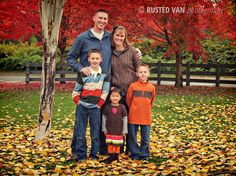 What to Wear for Family Photos: The DO's {by Rusted Van Photography}