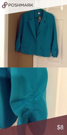 NWT Lightweight waist length blazer/jacket Blue/green jacket/blazer. Poly/rayon blend. Machine washable. Ruching at wrists. New with tags. Dots Jackets & Coats Blazers