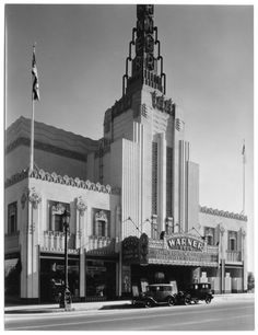 The Warner Brothers Theater on Wilshire Boulevard in Beverly Hills, 1931. Demolished in 1988.