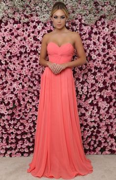Amazing Residing Coral: a Shade of response to Pantone Peach Bridesmaid Dresses, Bridal Dresses, Prom Dresses, Bridesmaids, Vestido Strapless, Strapless Dress Formal, Sweetheart Prom Dress, Coral Dress, Sweet Dress