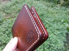 Leather Stamps, Leather Card Wallet, Leather Gifts, Leather Bifold Wallet, Leather Men, Minimalist Leather Wallet, Sewing Stitches, Unusual Gifts, Leather Tooling