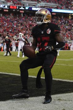 Jeremy Kerley Photos Photos - Jeremy Kerley #17 of the San Francisco 49ers scores a touchdown in the second quarter during their NFL game against the Arizona Cardinals at Levi's Stadium on October 6, 2016 in Santa Clara, California. - Arizona Cardinals v San Francisco 49ers
