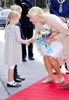 The princess was delighted upon receiving a sketch from one young royal fan