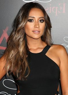 Shay Mitchell Sexy Long Brown Wavy Hairstyle