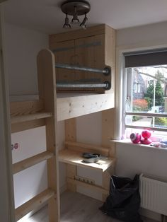 Student Room, Diy Kitchen Storage, Daughters Room, Wood Creations, Girl Room, Bunk Beds, Small Spaces, Loft, Interior