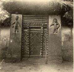 Art And Architecture Of The Igbo People - Culture - Nigeria Vernacular Architecture, Ancient Architecture, Art And Architecture, Africa Art, West Africa, African Culture, African History, African House, African Tribes