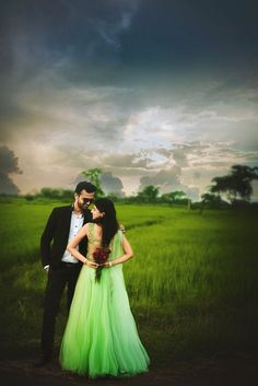 Here we have outfit ideas for pre wedding photoshoot to be the cutest couple ever. These days pre wedding shoot are high on trend right now. Indian Wedding Poses, Indian Wedding Couple Photography, Wedding Couple Photos, Wedding Photography Poses, Wedding Photography Inspiration, Wedding Couples, Indian Weddings, Couple Shoot, Real Weddings