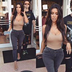 Kim And Kylie, Kim Kardashian Hot, Keep Up, Boobs, Bra, Crop Tops, Women, Fashion, Women's
