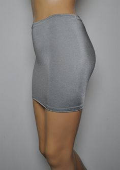 Size 8 - 10 (To Fit: 26-28 Inch Waist / 30-34 Inch Hips / 12-13 Inch Length) S80 Light Grey Lycra 'Fantasy Store' Brand Micro Mini Skirt Bodycon Pull-on
