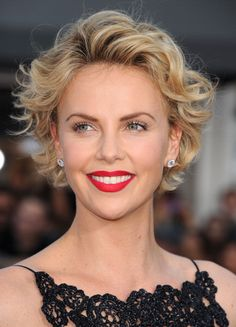Charlize Theron arrives at the 'A Million Ways To Die In The West'