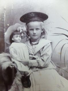 Antique Old cdv Photo c1890s Pretty GIRL Sailor HAT holds Beautiful Bisque DOLL