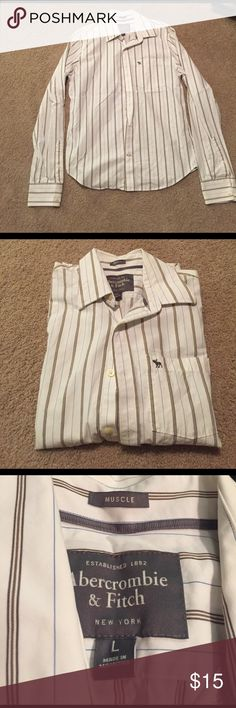 Abercrombie & Fitch Button Down Men's Abercrombie & Fitch white with brown stripes long sleeve button down. In excellent condition. Abercrombie & Fitch Shirts Casual Button Down Shirts