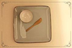 Set Plato Pastel + Cuchillo Bamboo + Pocillo Chico  $5000