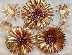 """187 Likes, 27 Comments - Jeanine_Parris13 (@parris_petals) on Instagram: """"Gold and copper  centers!!!😍😍😍I decided to combine this two colors together and I love it.Its so…"""""""