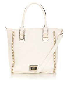 We love our new Kardashian Chain Tote in white! Coming to Lipsy London in two weeks and is available for pre order now! Shop this bag and more at Lipsy.co.uk/Kardashian
