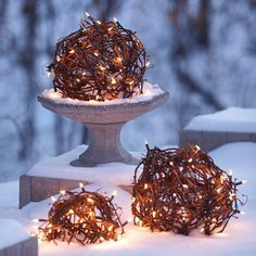 Creative Christmas lighting Ideas I love the contrast between rustic twigs and clean white lights. Noel Christmas, Winter Christmas, Christmas Ideas, Christmas Balls, Christmas Vacation, Holiday Ideas, Holiday Lights, Christmas Lights, Navidad Diy