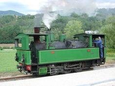 Old Steam Train, Garden Railroad, Lego Trains, Train Pictures, Steam Engine, Steam Locomotive, Train Tracks, Model Trains, Transportation
