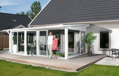Glass Porch, Cottage Extension, Porch Enclosures, Outdoor Rooms, Outdoor Decor, Porch Makeover, House Extensions, Back Patio, Beach Cottages