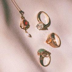 Cute Jewelry, Jewelry Box, Jewelry Accessories, Jewelry Design, Jewellery, Vogue, Fashion Jewelry, Chain, Diamond