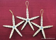 DIY clothespin christmas ornaments! With abuela's clothespin that i found this is a great idea for granndkids to make.