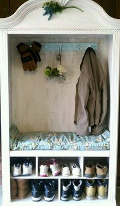 Mudroom, two layered cubbies