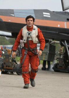 Oscar Isaac as Poe Dameron in 'Star Wars: The Force Awakens' https://twitter.com/mykesoon/status/588760800652701697