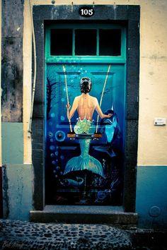 Street Art from around our terrific world.
