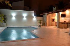 Com este calor quem não sonha em ter uma bela piscina em casa? Confiram algumas dicas para escolha do piso ideal para utilizar ao redor da piscina, que garante segurança, conforto e proteção para toda sua família.