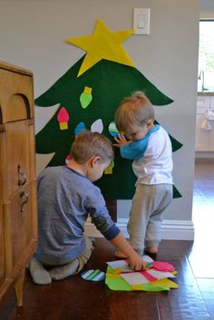 DIY felt christmas tree project for kids