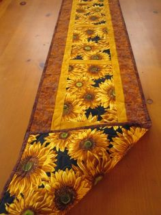 Handmade Quilted Table Runner Sunflowers | PatchworkMountain - Quilts on ArtFire