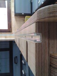 Workshop Bench, Workshop Storage, Diy Workshop, Garage Workshop, Woodworking Workshop, Woodworking Bench, Fine Woodworking, Woodworking Projects, Woodworking Classes