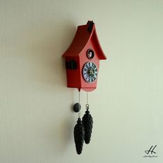 Heimberg Stunde Cuckoo Clock  Product Models: HS-025  Product features:  Dimensions: Height: 29cm Width: 17cm Depth: 9cm (Cones are Not Included) Color: Red Weight: 1450 gr  General features:  Our cuckoo clock is not plastic. It looks wooden It is made of stone and resin technology. The products will be shipped with the original box of Heimberg Stunde. The current bird breeds between 06:00 and 22:00 during the day. Products are imported. There is no alarm setting feature. Because the houses…