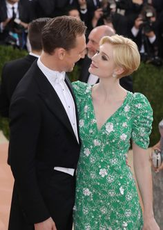 "Exclusive: Breathtakingly Beautiful Met Gala Photos You Won't See Anywhere Else ""Tom Hiddleston and Elizabeth Debicki"""