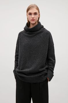 COS image 8 of Bobble-stitch oversized jumper in Grey Cos Tops, Oversized Jumper, Bobble Stitch, Cardigans For Women, Sweater Cardigan, Knitwear, Cashmere, Cool Outfits, Clothes For Women