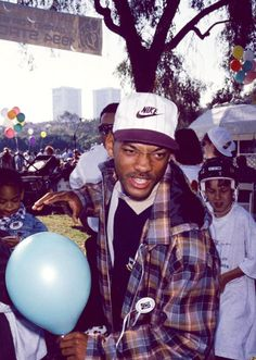 Fresh Prince nike happy birthday will smith fresh prince of bel air Fresh Prince, Mode Gangster, Estilo Gangster, Mode Hip Hop, 90s Hip Hop, Hip Hop Fashion, Fashion Kids, 70s Fashion, Jada Pinkett Smith